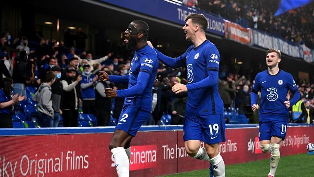 Chelsea fait chuter Leicester du podium.... et ouvre la porte à Liverpool