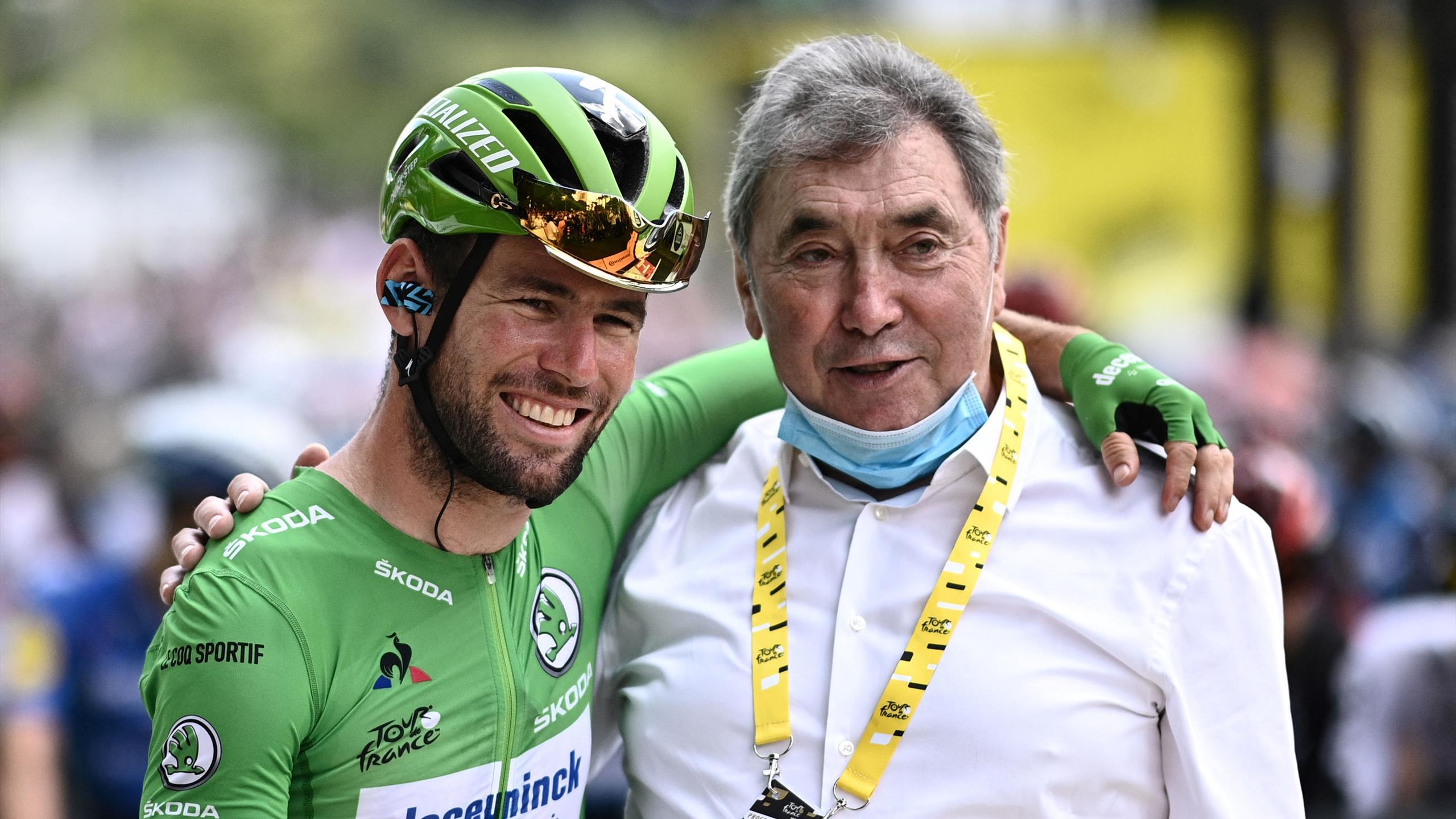 Une accolade à 68 victoires : Quand Cavendish tombe dans les bras de Merckx