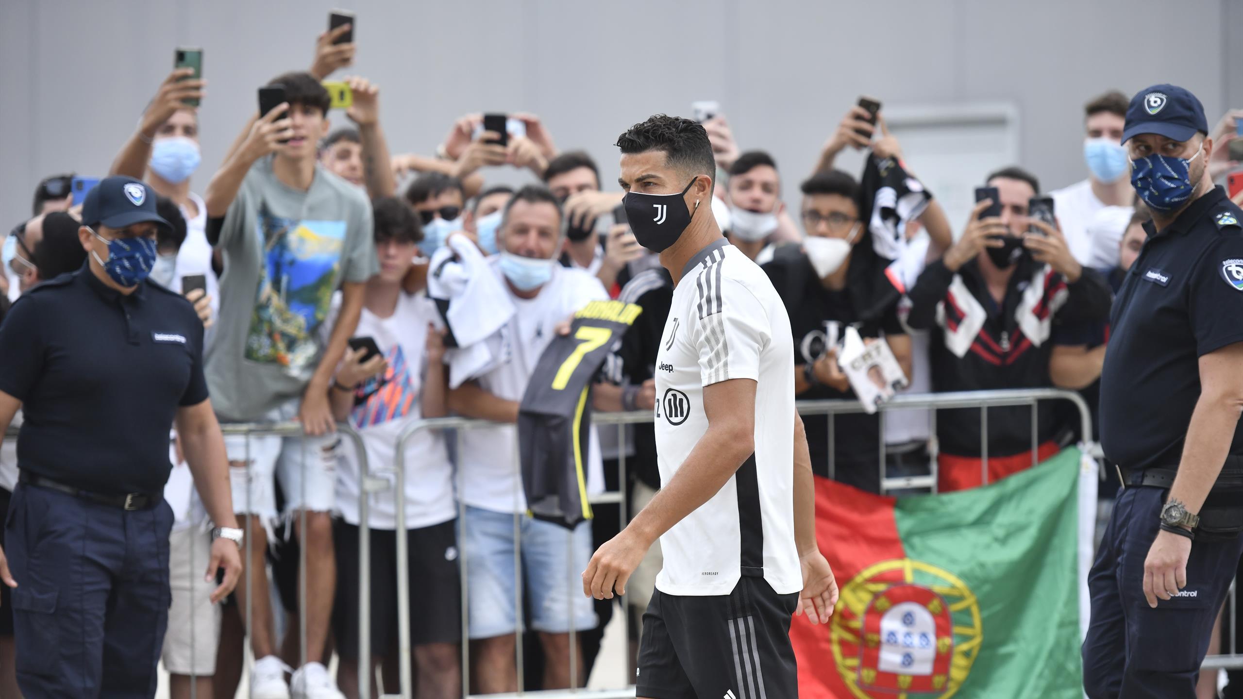 Ronaldo est de retour à Turin et devrait y rester