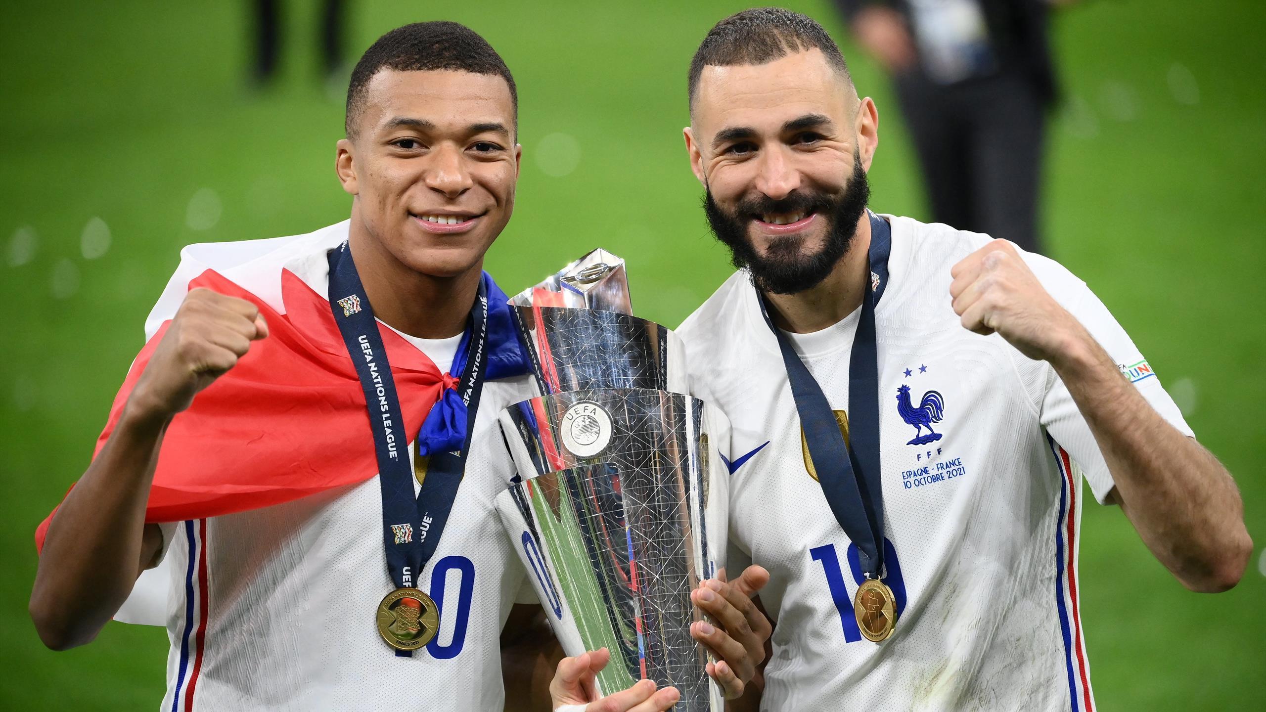 La France reprend la troisième place du classement FIFA, la Belgique menacée par le Brésil thumbnail