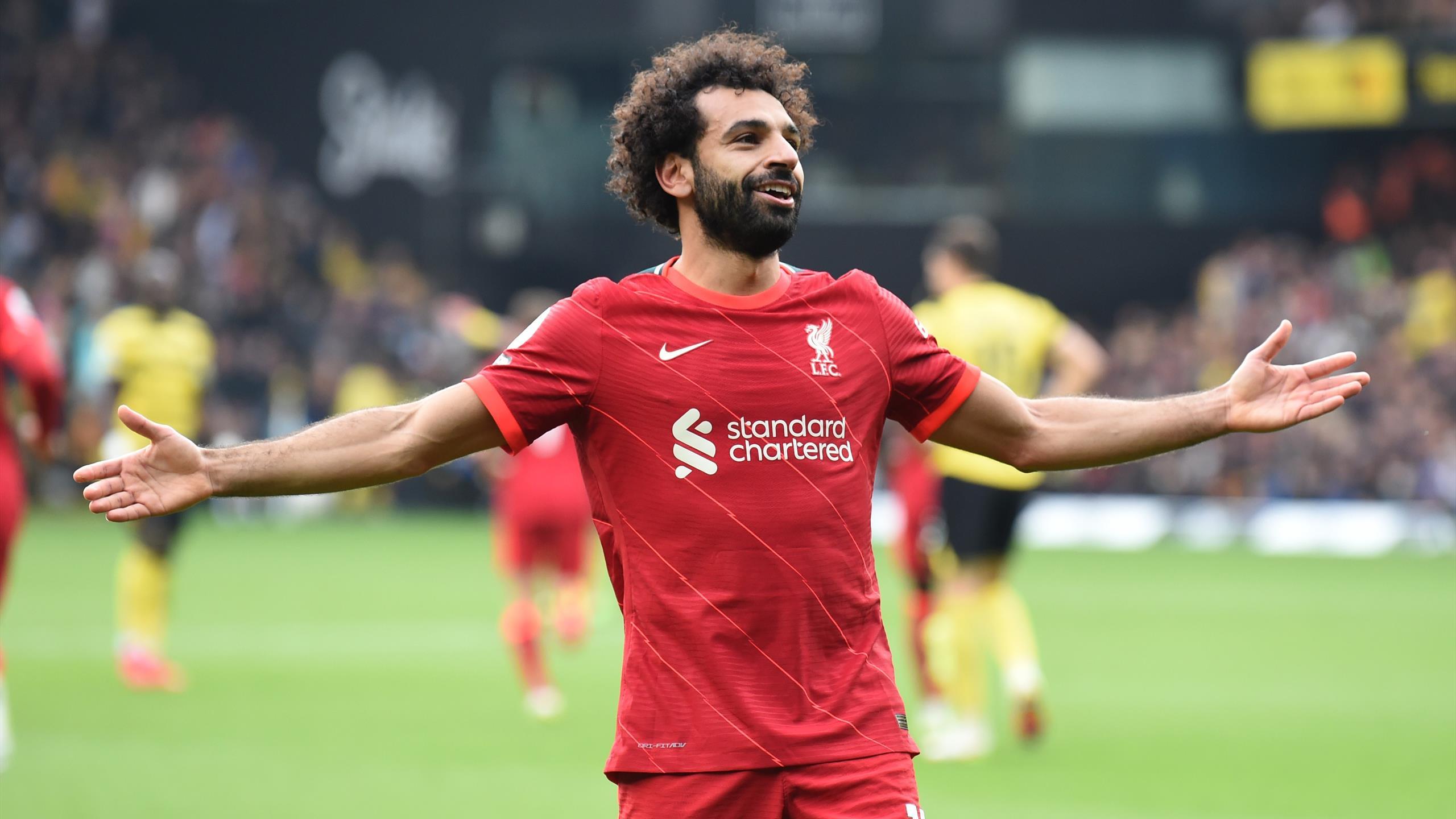 """""""Qui est meilleur que lui ?"""" : Salah a le monde à ses pieds"""