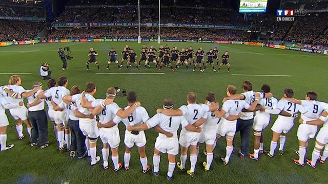 Revoir le Haka de la finale France - Nouvelle-Zelande (23/10/2011)