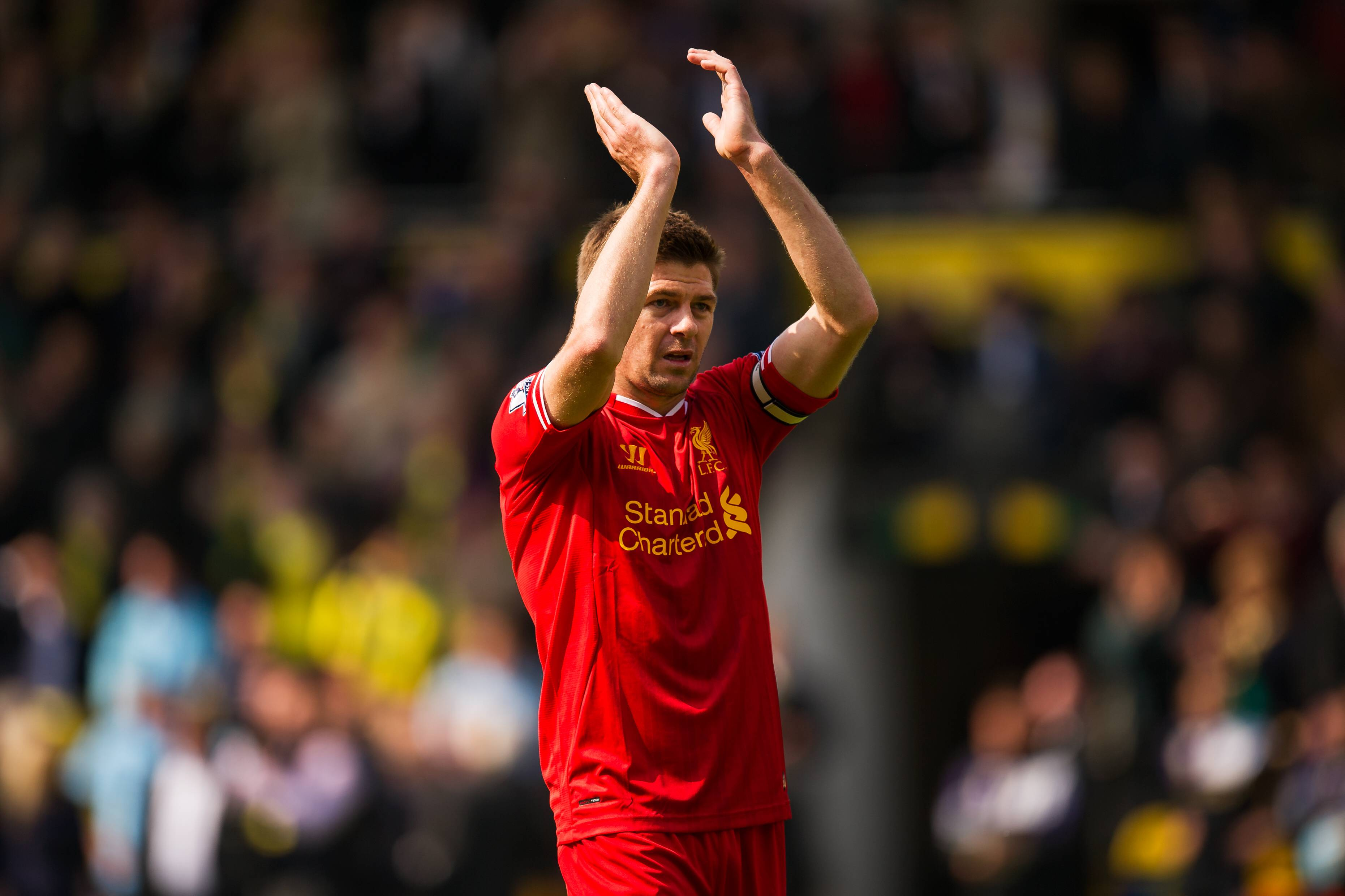 Steven Gerrard of Liverpool applauds the at full time BPI_JT_Norwich_Liverpool_01804 jpg PUBLICATIO