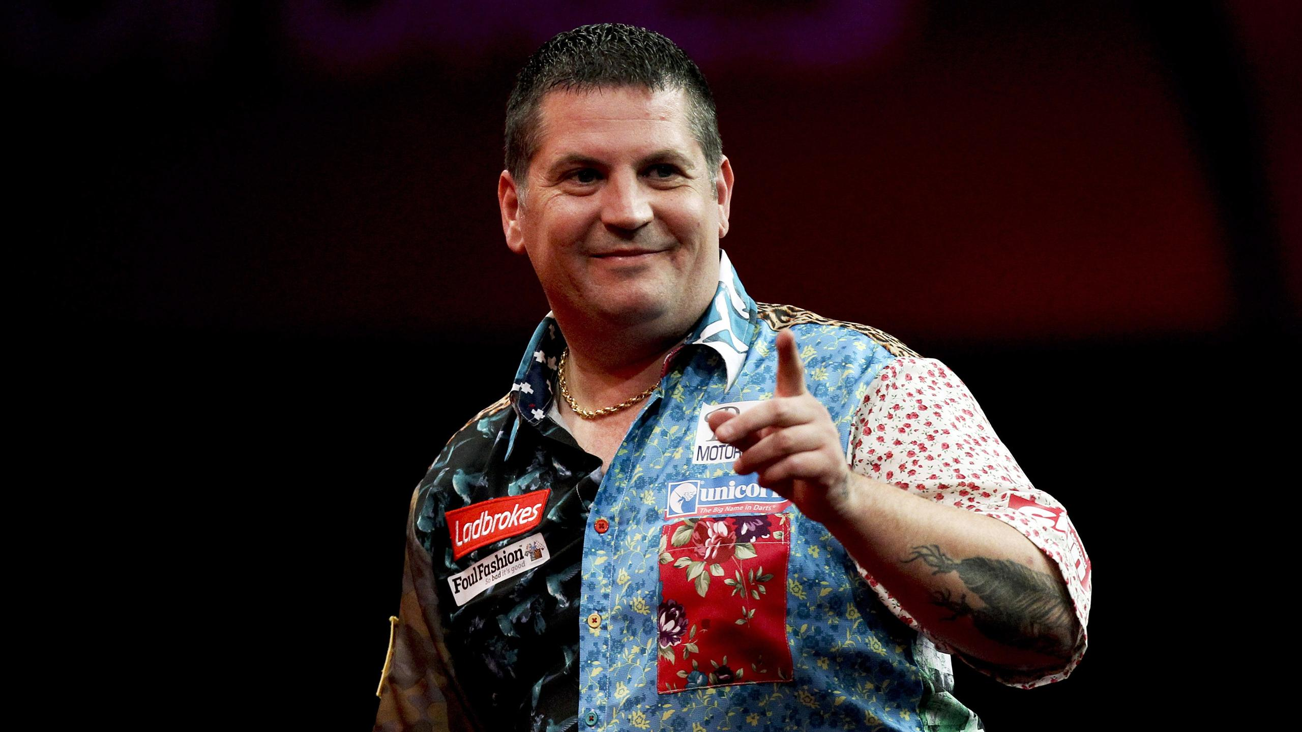 Gary Anderson won his first PDC title with a thrilling 7-6 win over Phil Taylor in the final.