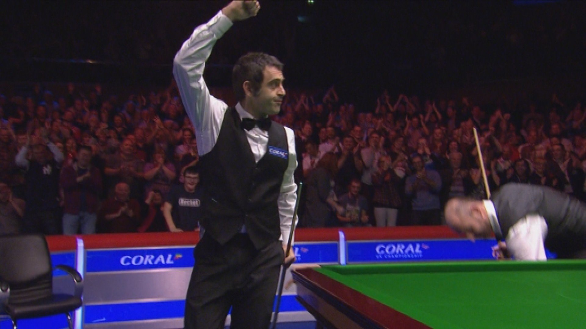 Ronnie O'Sullivan celebrates his 147