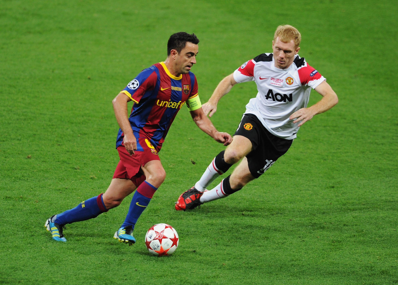 Barcelona captain Xavi Hernandez pays tribute to Paul Scholes and