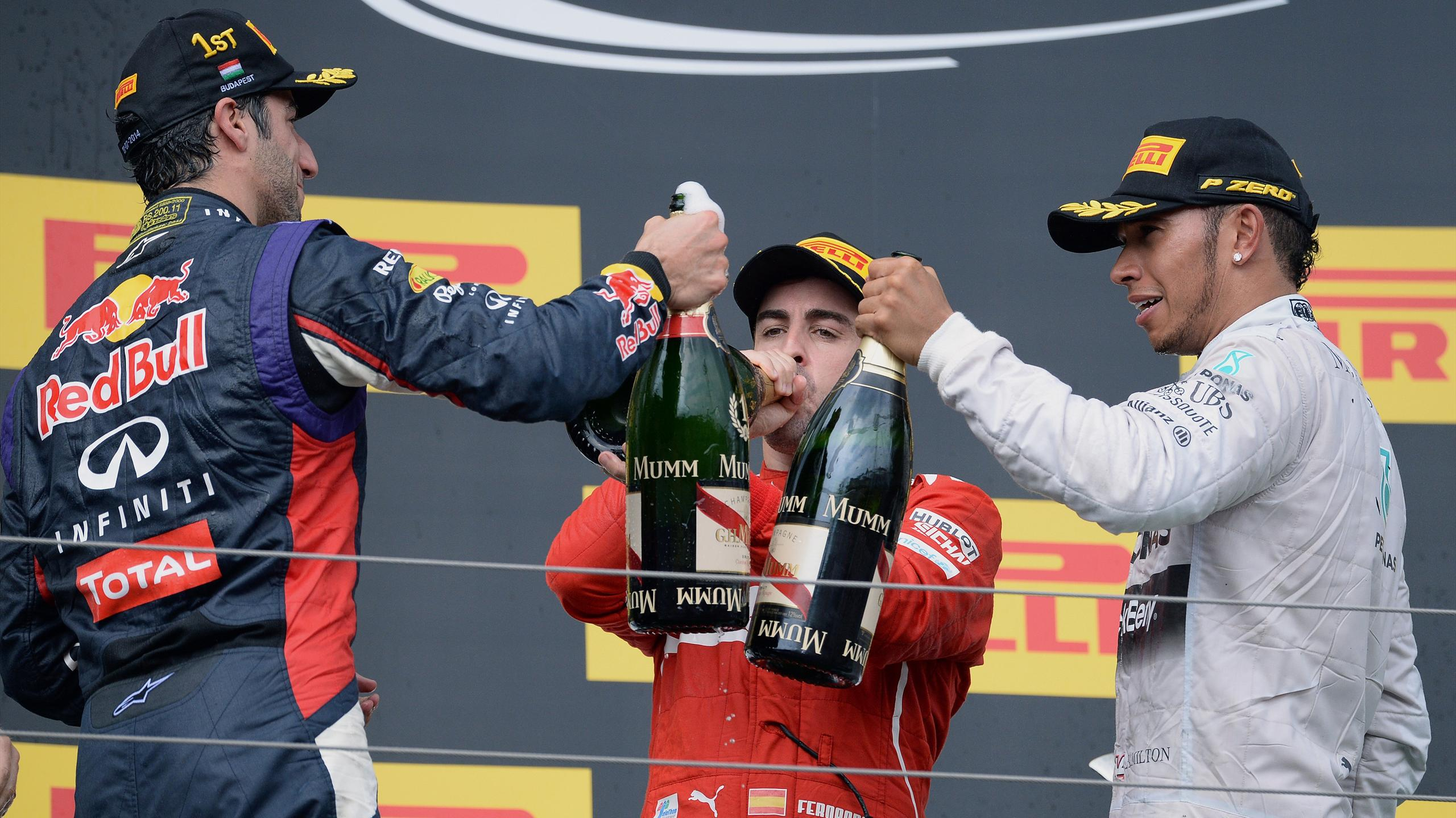 Fernando Alonso (Ferrari), Daniel Ricciardo (Red Bull), Lewis Hamilton (Mercedes) -  2014 Macaristan GP
