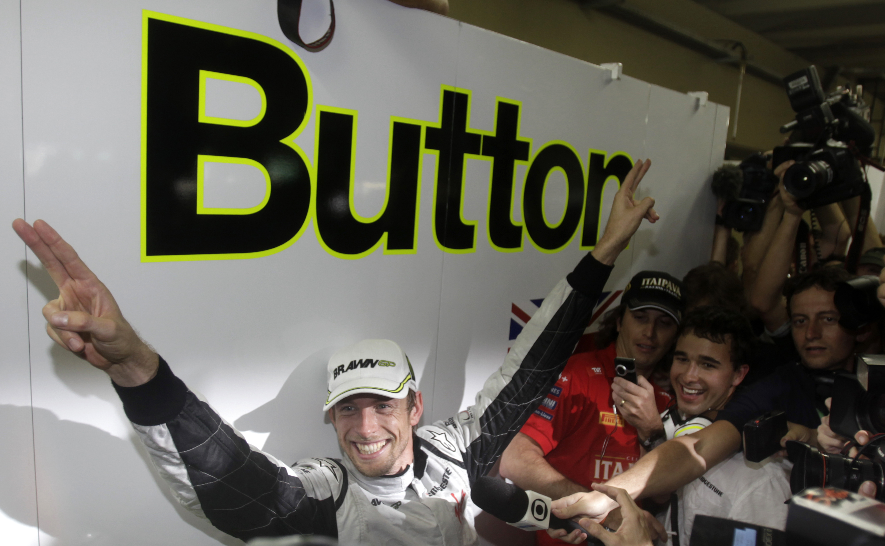Jenson Button celebrates after becoming the 2009 Formula One World Champion (Reuters)