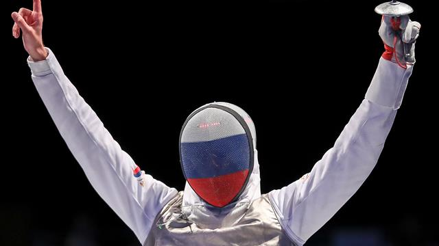 Dmitry Zherebchenko wins men's individual foil at 2017 FIE World Fencing Championships in Leipzig