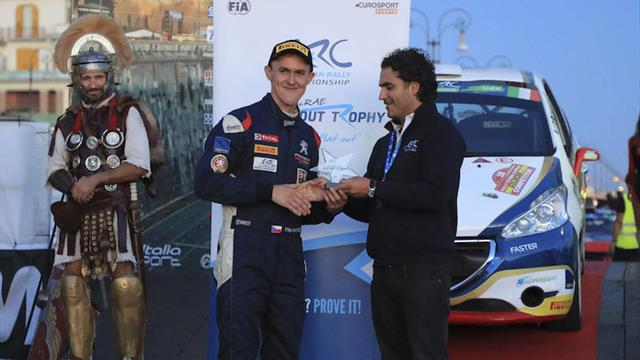 Le Colin McRae ERC Flat Out Trophy pour Mareš